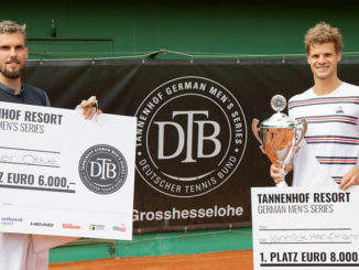 Sieger Herren dtb global e1595671694989 326x245 - YANNICK HANFMANN GEWINNT GERMAN MEN´S SERIES