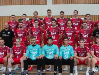 Eulen Ludwigshafen Team 2021 Foto Michael Sonnick scaled e1631221634286 326x245 - ERSTES HEIMSPIEL VOR ZUSCHAUERN
